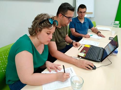 La federación colabora con Plena inclusión y con Bankia para dar información accesible sobre finanzas